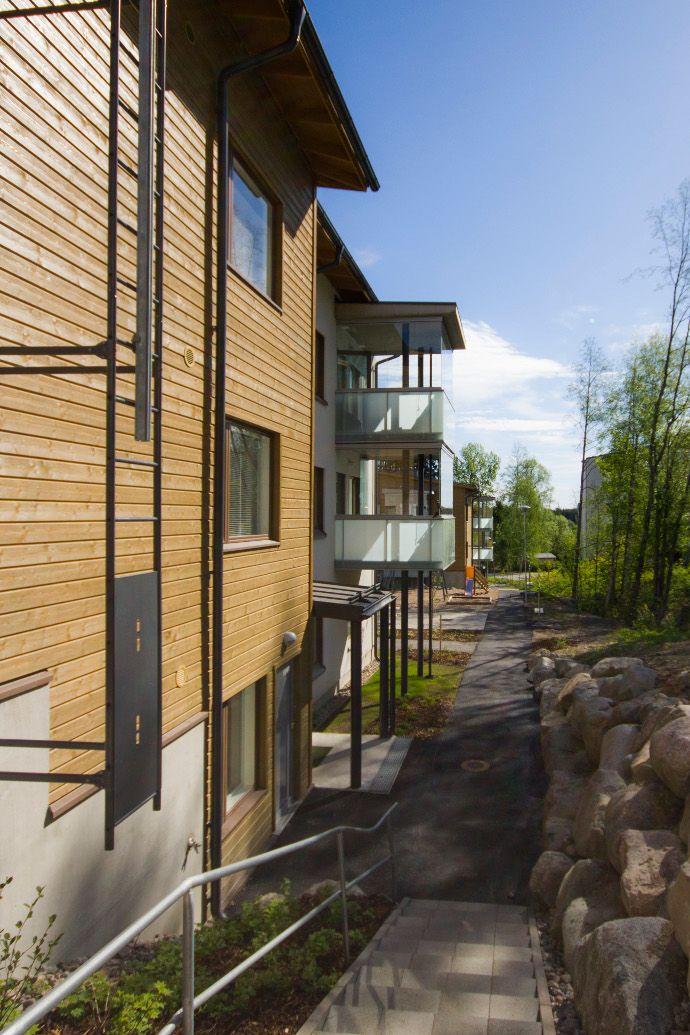 Pehmeät luonnonläheiset sävyt sopivat suomalaiseen katukuvaan.