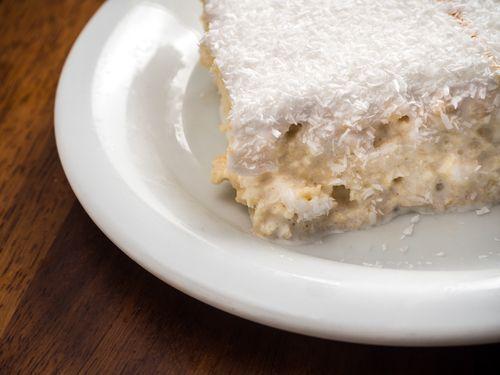 🍰 Cómo hacer una rica torta tres leches sin horno!!    #TortaTresLechesSinHorno #TortaTresLeches #PastelTresLeches #PostresLatinos #RecetasLatinas