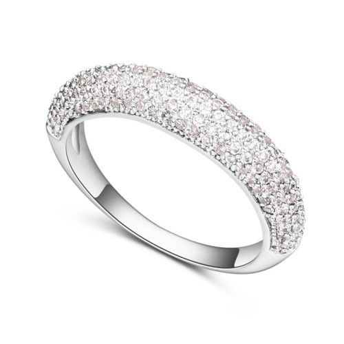 $11,2 Dominion Swarovski crystal engagement ring - Yohanna Jewelry Wholesale. BEST PRICE: Directly in the jewelry factory. VAT-free shopping: Available, partners based in the European Union, only applies to EU tax identification number (UID). Exclusive design SWAROVSKI crystals and AAA Zircon crystal engagement rings, wedding & bridal rings, cocktail party rings.