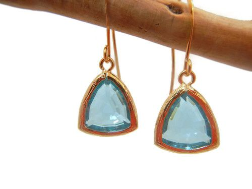 Infuse passion and stir up desires with these artfully designed Athena aqua earrings. One of our bestselling pieces, this perfectly sized and sophisticated pair will give you the confidence you need to follow your heart.