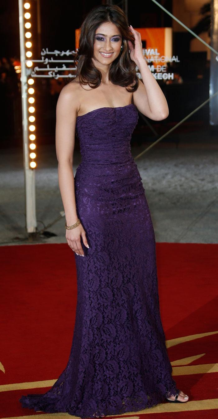 Barfi! co-star Ileana D'Cruz was pretty in a strapless purple gown at the…