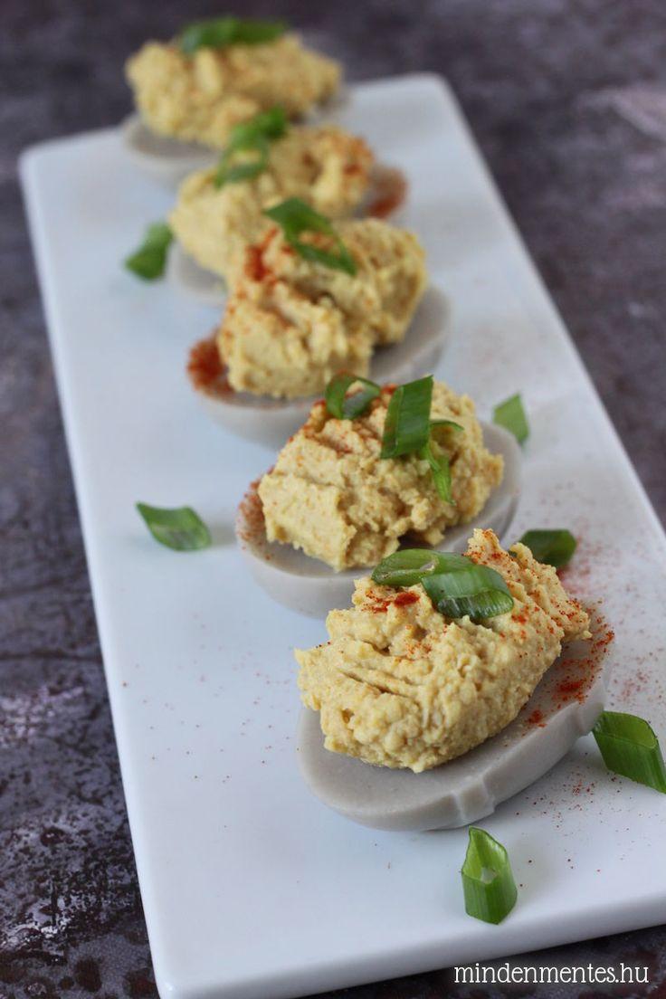 Vegán töltött tojás - igen, tojás nélkül! A hagyományos tojásétel tojásmentes változata előételnek, és tréfás beszélgetés indítónak sem utolsó... :)