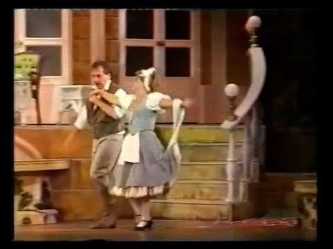 Szirmai Albert : Mágnás Miska-Hoppsza Sári - Oszvald Marika-Bajor Imre