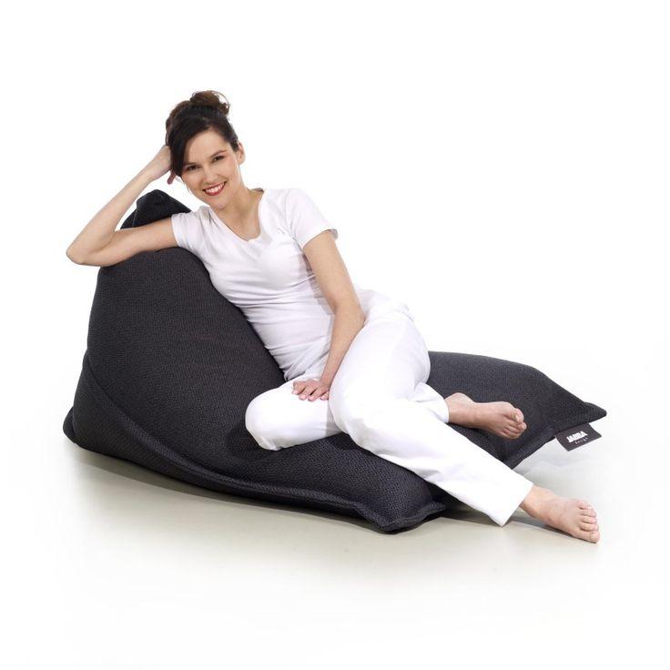 Wygodny leżak do spędzania wolnego czasu i odpoczynku. Doskonały mebel do wnętrz zaprojektowanych w stylu Loft lub w stylu skandynawskim.