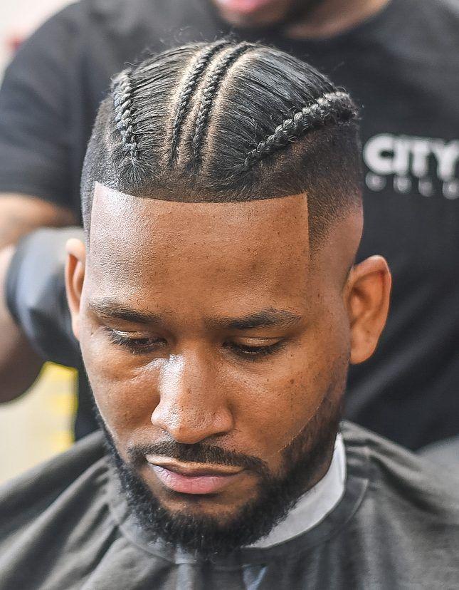 17++ Salon de coiffure noire le dernier