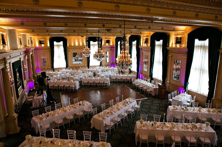 The Fort Garry Hotel : Crystal Ballroom : Real wedding by Divine Weddings & Events : Szandra and Lawrence : Photo by Moore Photography