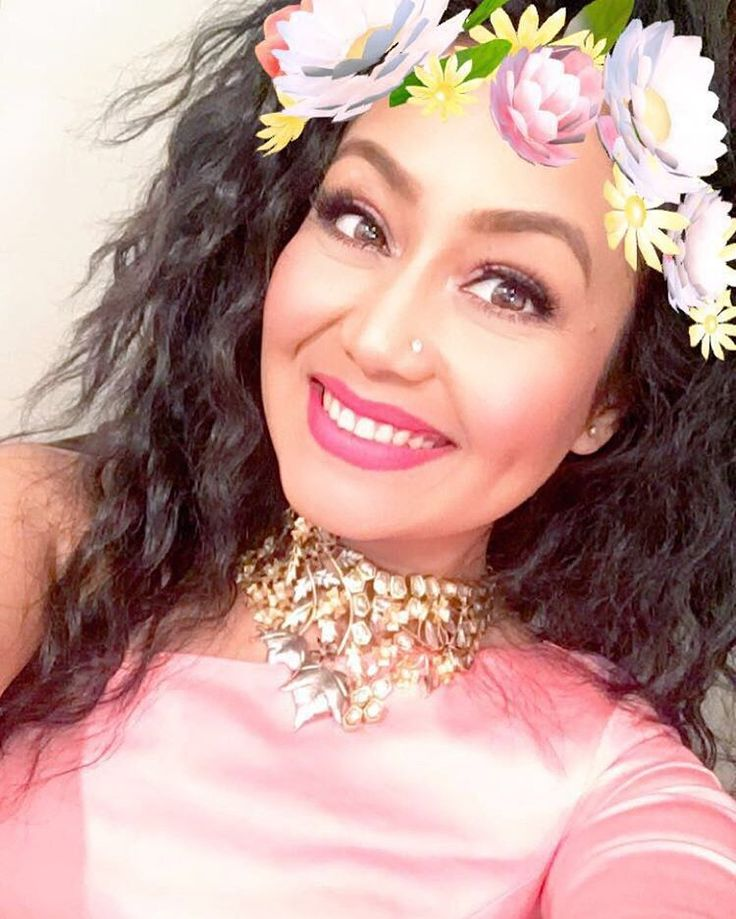 Singer Neha Kakkar  IMAGES, GIF, ANIMATED GIF, WALLPAPER, STICKER FOR WHATSAPP & FACEBOOK