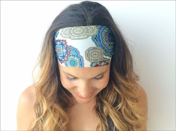 { Youll LOVE it }  The Soul Seeker Print headband is made for movement. Whether taking your favorite spin or yoga class, running the distance