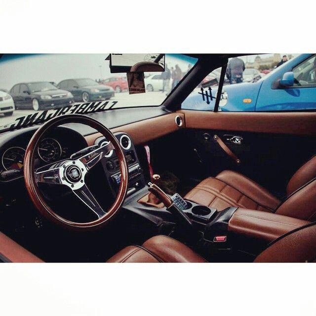 Nathan Taylor's NA Miata custom interior