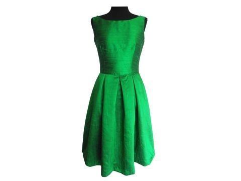 Vivienne: Kleid_Gr.34-54+ Bild Nähanleitung - Schnittmuster und Nähanleitungen bei Makerist