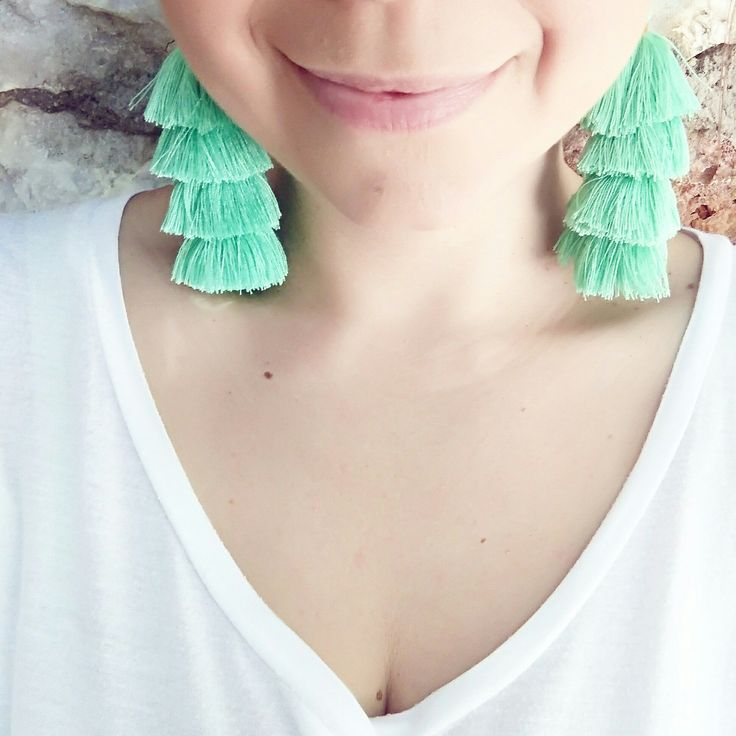 Exotic Boho Tassel Earrings #twininas #jewelry #boho #tassels #tasselearrings #bohoearrings #earrings #green