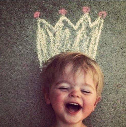 Es gibt so viele Gründe glücklich zu sein!   Teile hier was Glück für Dich ist und sieh was andere dazu sagen: http://www.artofliving.org/happiness  Yoga -  Meditation