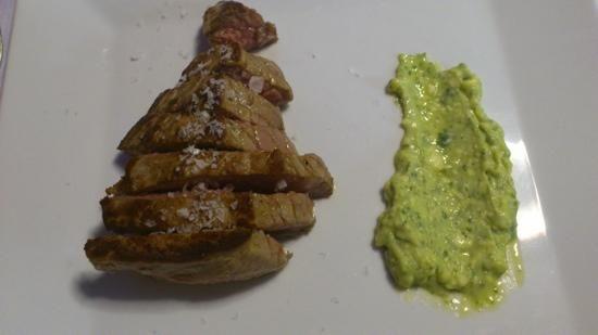 Filete de ternera asturiana con pesto