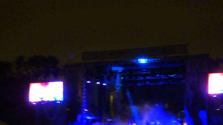 Jane's Addiction - Riotfest Chicago 2014 - Ocean Size