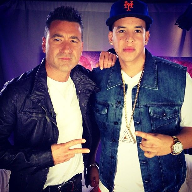 JorgeBernal : The Big Boss @Daddy_Yankee y Mr. Check It Out. Más fuerte, imposible.  http://t.co/j8NwO5Fh | Twicsy - Twitter Picture Discovery