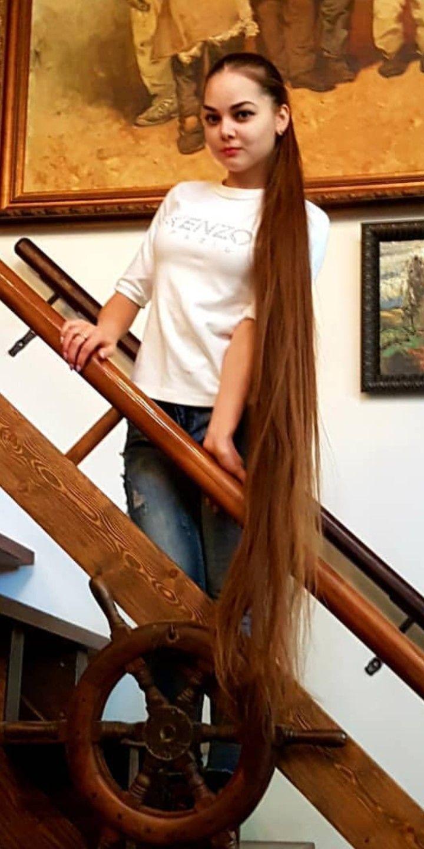 Épinglé par Dominique Tessier sur Cheveux longs en 2019