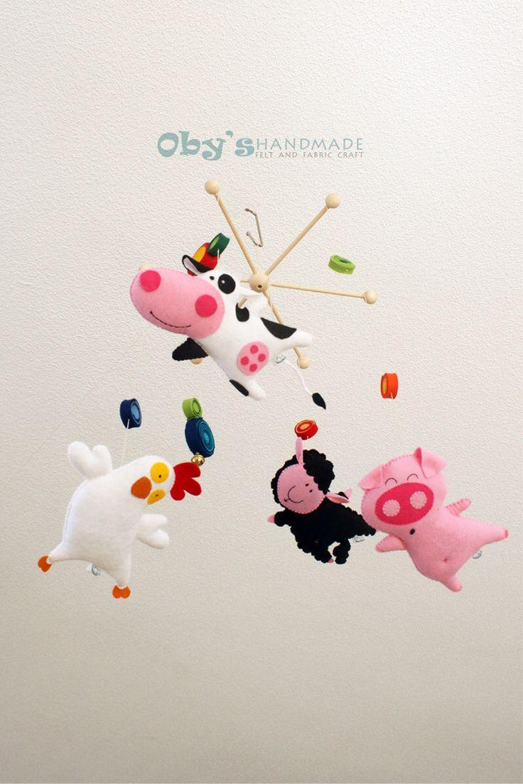 Felt baby mobile with farm animals handmade, felt chicken, felt cow, felt pig, felt sheep. #babymobile #cribmobile #feltmobile #obyshandmade