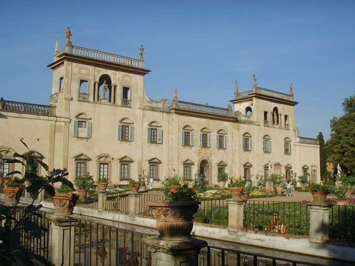 Gardens in Tuscany   Villa Guicciardini Corsi Salviati in Sesto Fiorentino