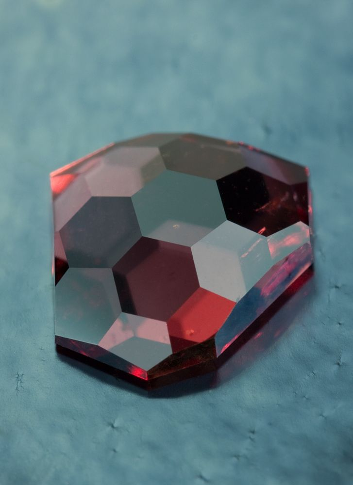 Rose Cut Fragment with Hex Pattern II in Madagascar Garnet • 2.05 carats • Fine Art Gemstones  http://jeffreyhunt.com/