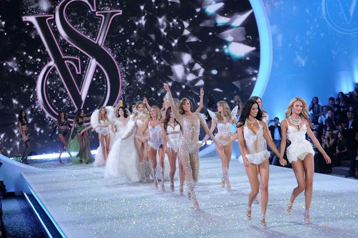 Instead of curling up on the couch with your pound of chocolate and crying at the perfection that is Adriana Lima's body, gather your friends, grab your favorite bottle of wine and play the Victoria's Secret Fashion Show Drinking Game.