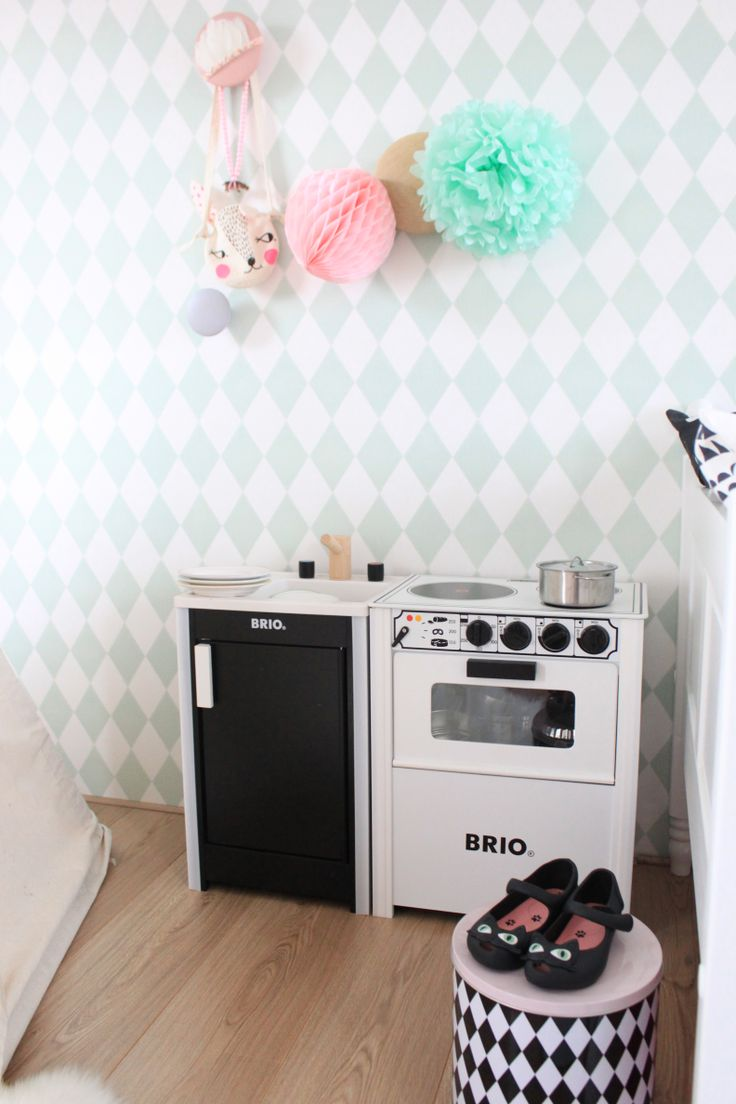 14 best Brio kitchen images on Pinterest | Child room, Play kitchens ...