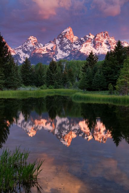 Sunrise at Schwabacher Landing, Wyoming, US #DestinationFabulous #chicos