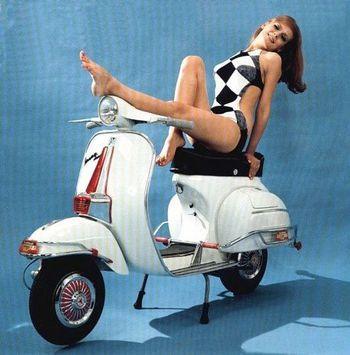 Mid-60s Vespa Super advertisement