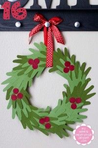 Weekend Workshop: Christmas DIY Craft Wreaths - Thifty Sue