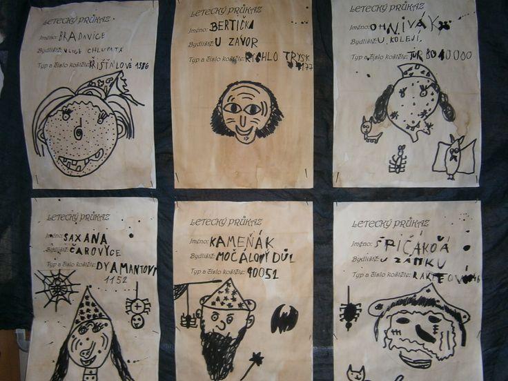 průkazy - podklad - káva kresba + písmo - tuš