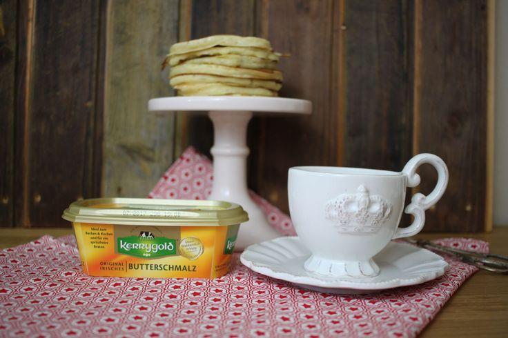 Soeben habe ich Pancakes mit dem kerrygold Butterschmalz zubereitet. Ich bin begeistert. Tolles Ergebnis und toller Geschmack. Zum Rezept geht es hier entlang http://herzstueck-online.de/pancakes/ - https://produkttest.kerrygold.de/?view=social&type=reply&id=81406