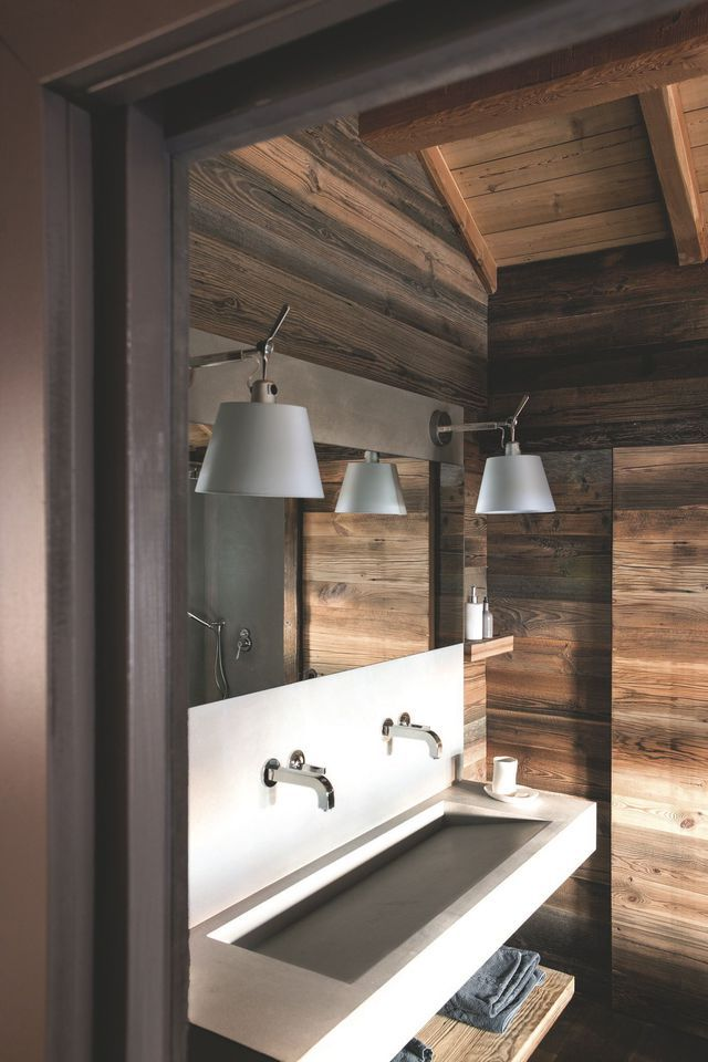 salle de bains cr er une ambiance bien tre fa on sauna pierre reconstitu e lavabo et valeur. Black Bedroom Furniture Sets. Home Design Ideas