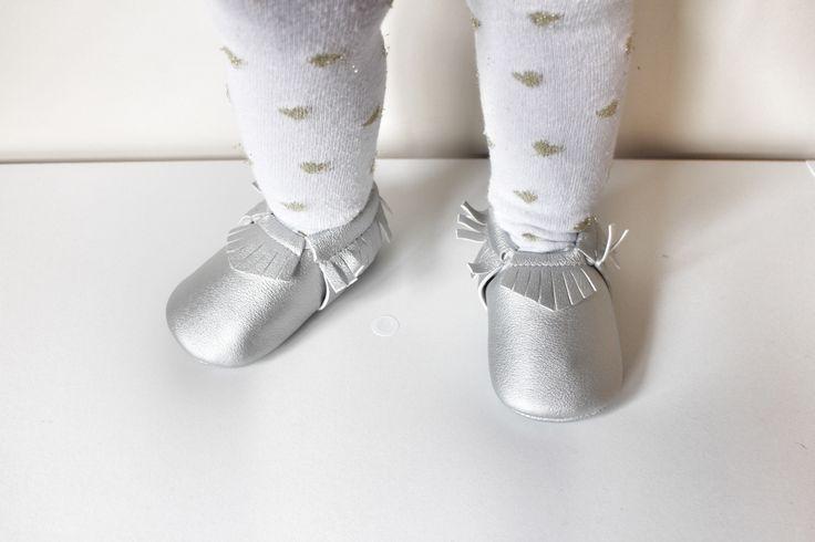Silver fringe Moccasins baby infant shoes💛 $19.99