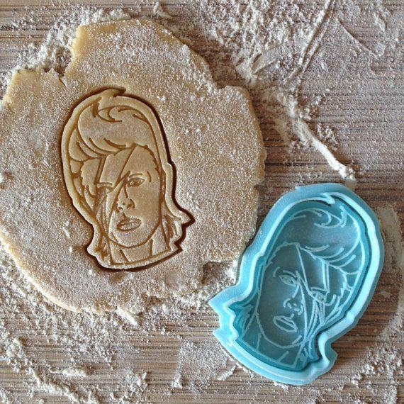 David Bowie cookie cutter. Ziggy Stardust cookie by Zayatzkaa