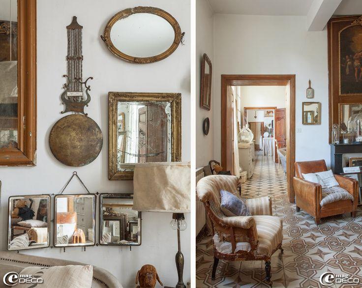 Pour d corer le mur d 39 un salon miroir triptyque de voyage cadre dor miroirs balancier de - Decorer un salon ...
