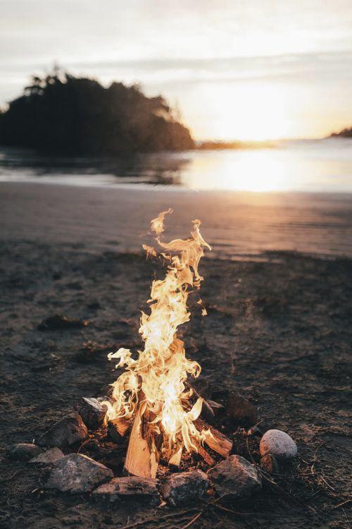 Kamp ateşi