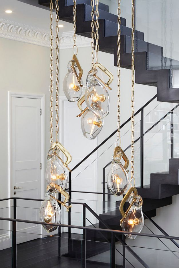 Lindsay Adelman chandelier. So fun and modern. Dryer Grimes Townhouse