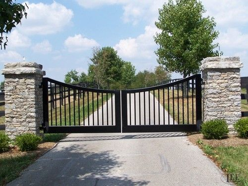 The 25 best farm entrance ideas on pinterest driveway for Ranch entrance designs