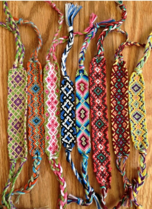 This bracelets are difficult to make but really beautiful, and this ones are also made with strings.