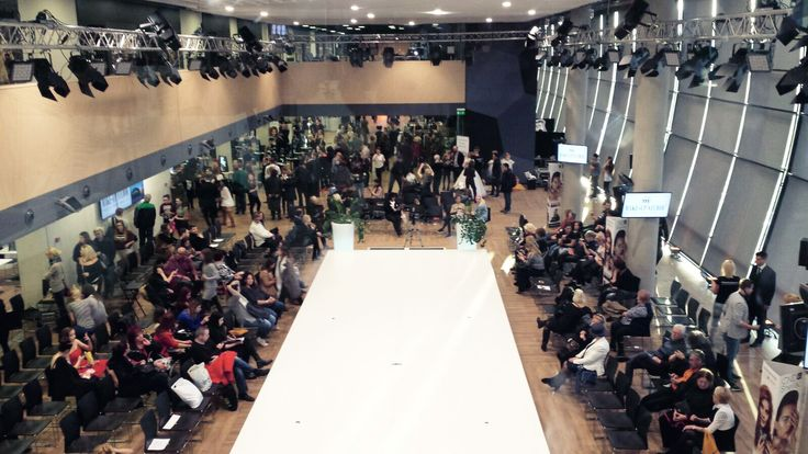 Budapest fashion show  #oanapop #budapest #fashionshow #fashiondesigner