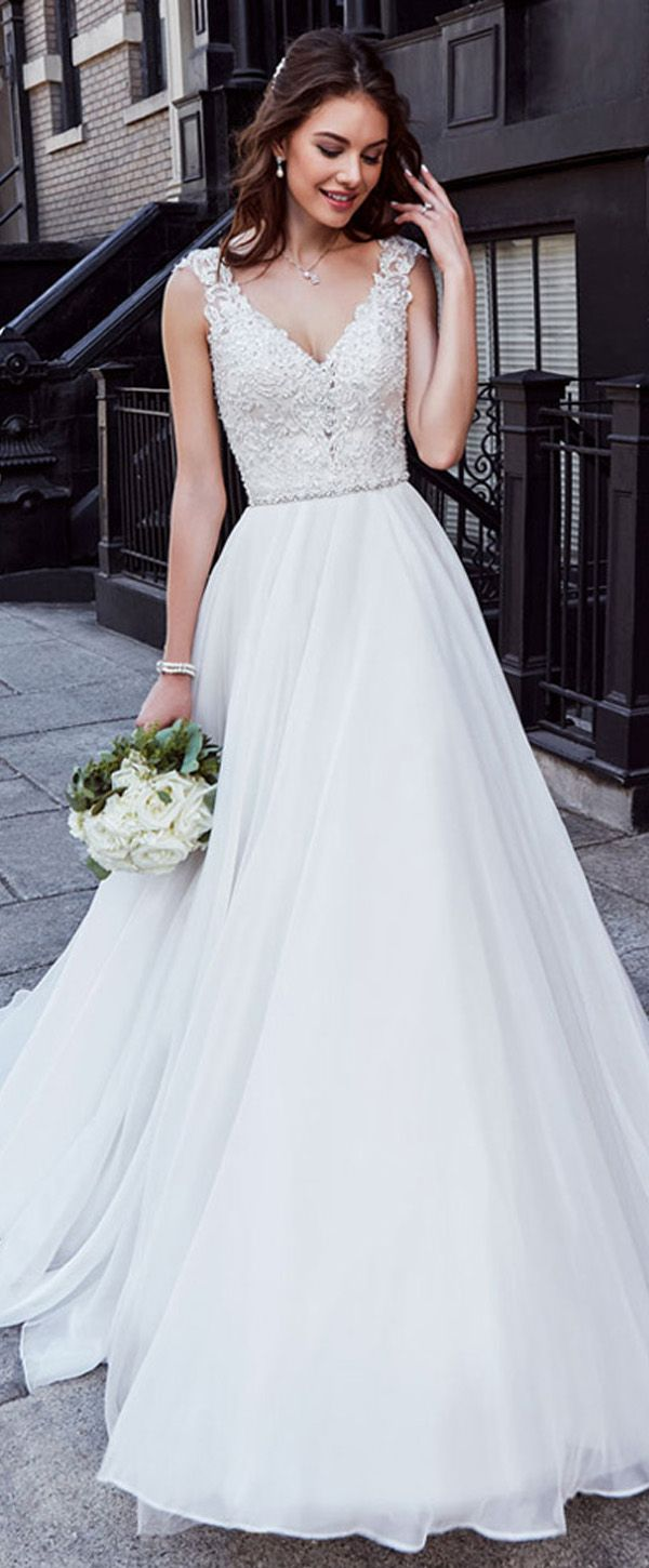 Charming Tulle & Chiffon V-neck Neckline Natural Waistline A-line Wedding Dress With Beaded Lace Appliques