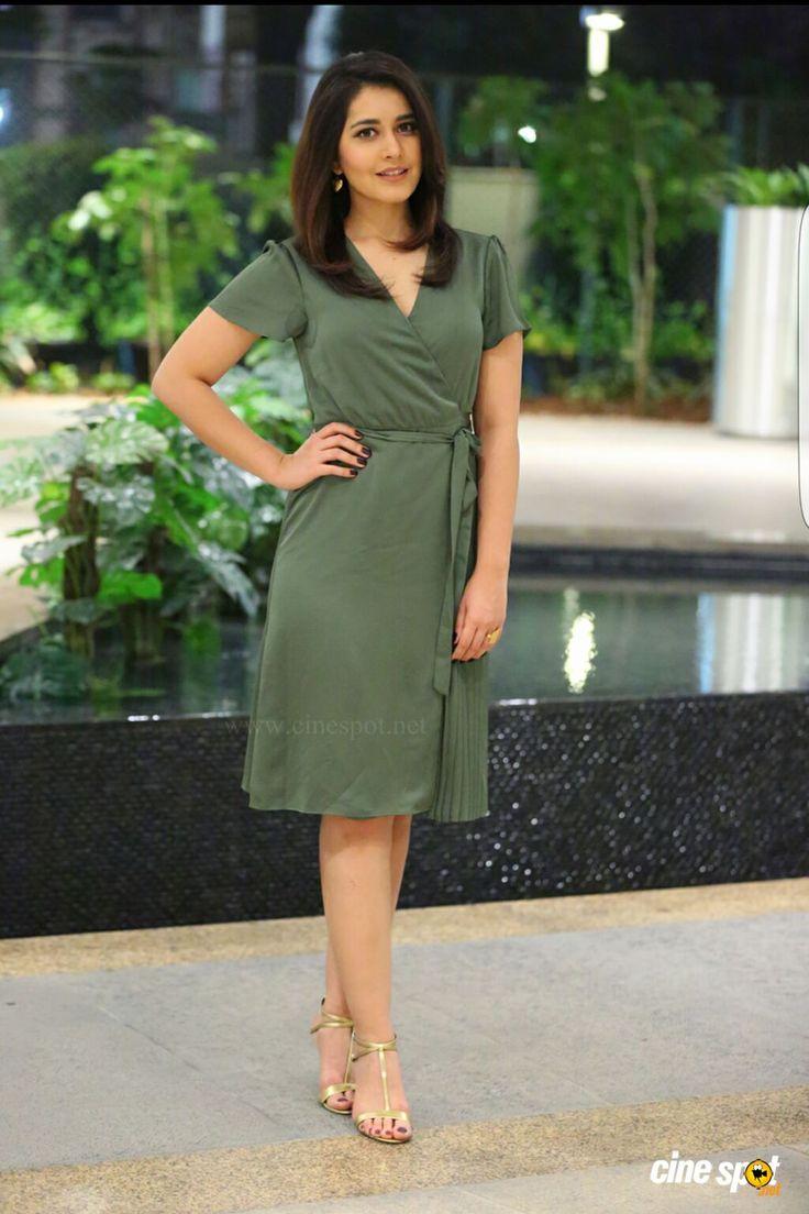Actress Raashi Khanna pics (2)