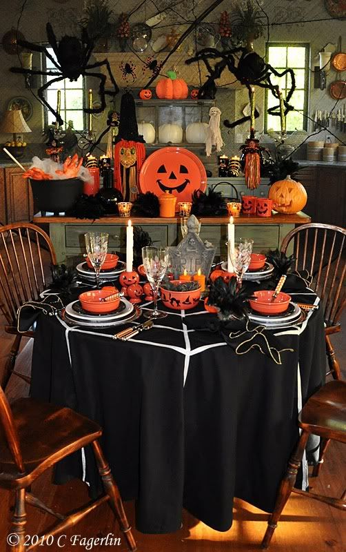 great halloween table setting decor halloween pinterest. Black Bedroom Furniture Sets. Home Design Ideas