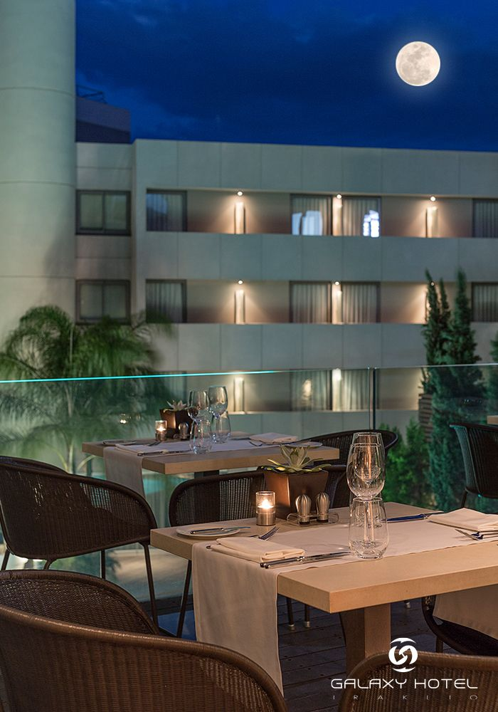Let's pair this wonderful full moon night with great wine and exquisite cuisine at Galaxy Hotel Iraklio. Have a beautiful night... #FullMoon #Iraklio #Crete #GalaxyHotelIraklio