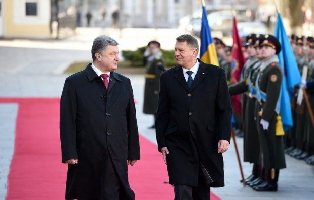 Porosenko: Vizita lui Klaus Iohannis este una simbolica, prima dupa sapte ani - http://stireaexacta.ro/porosenko-vizita-lui-klaus-iohannis-este-una-simbolica-prima-dupa-sapte-ani/