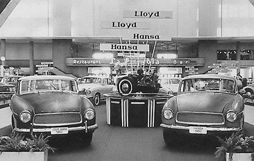 Two Hansa 1100 exhibited at the Brussels show of January 1960