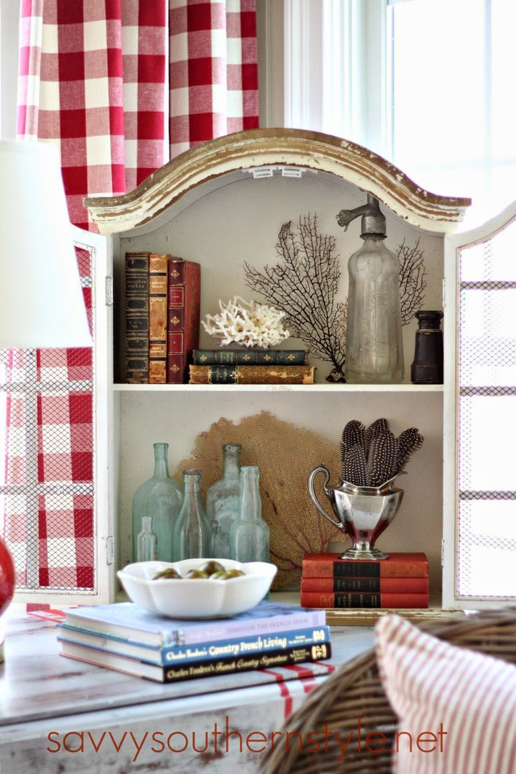 Savvy Southern Style: Decor Steals Design Ingenuity Event.....Chippy Cabinet