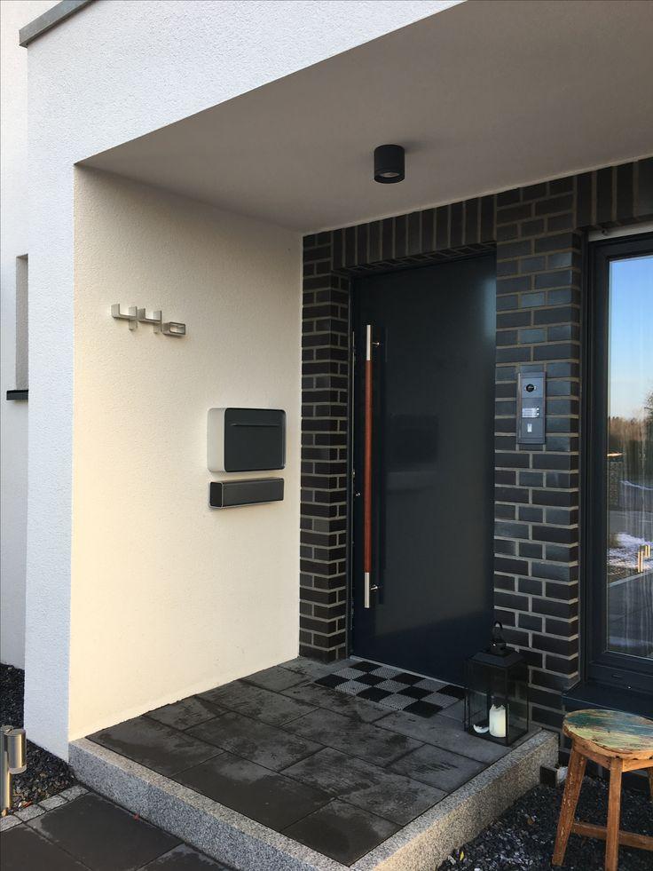 ber ideen zu briefkasten mit hausnummer auf. Black Bedroom Furniture Sets. Home Design Ideas