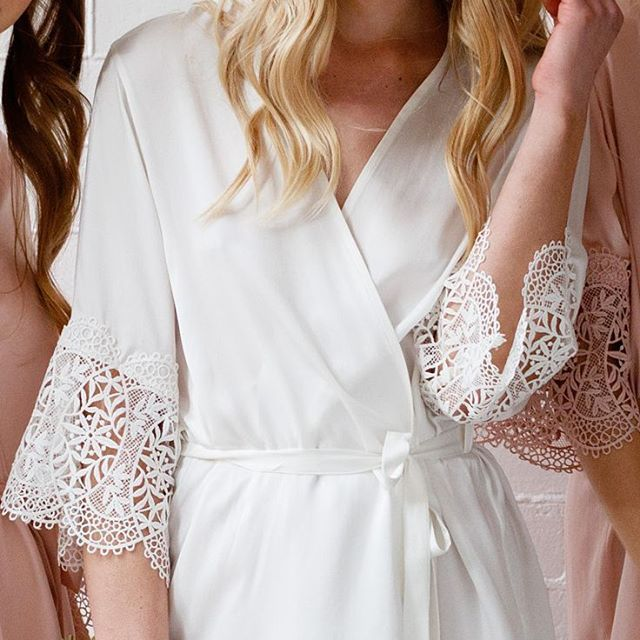 Details! Our 'Mia Silk Robe' in white, the perfect robe for the bride to be!  LR xx