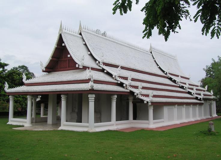 Sukhothai Viharn in Muang Boran