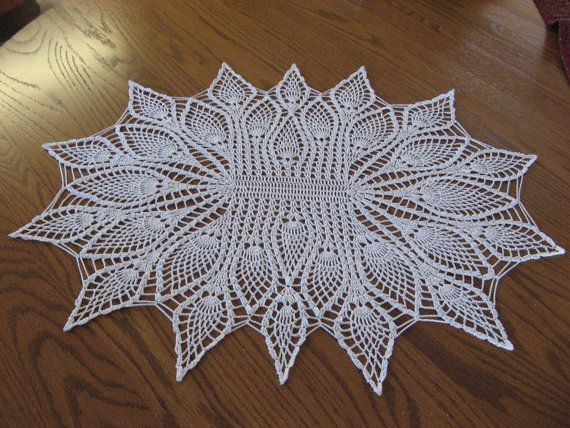 Oval pineapple doily от JustCrocheting на Etsy